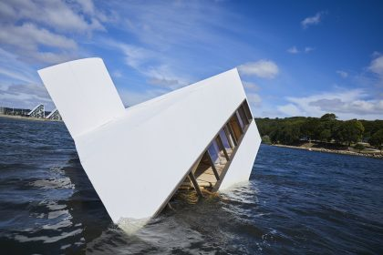 Et flydende møde mellem kunst og arkitektur