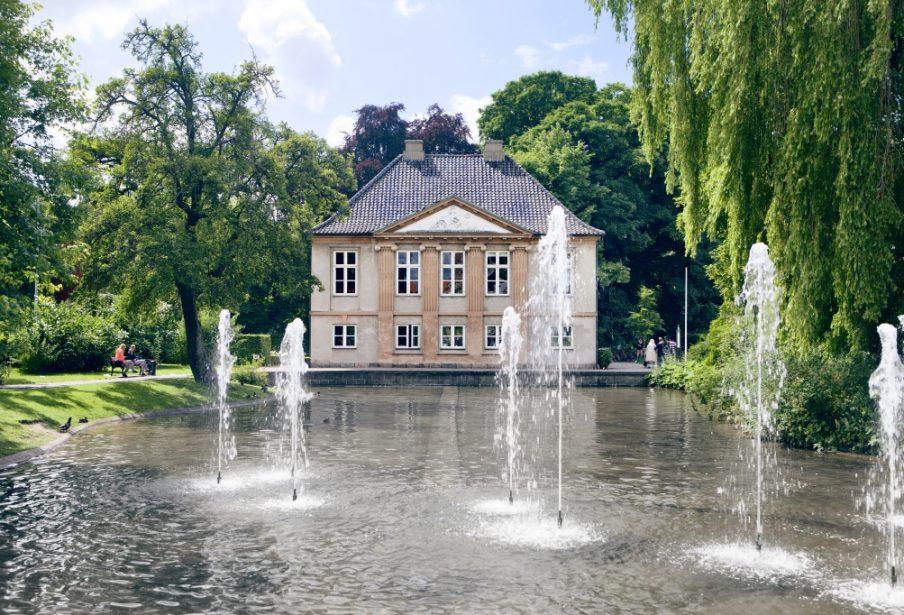 Open call til kunstprojekt i og omkring søen foran Møstings Hus