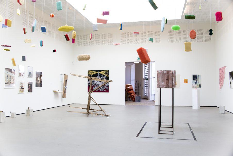 Open Call: JCE Biennalen inviterer unge danske kunstnere på turne