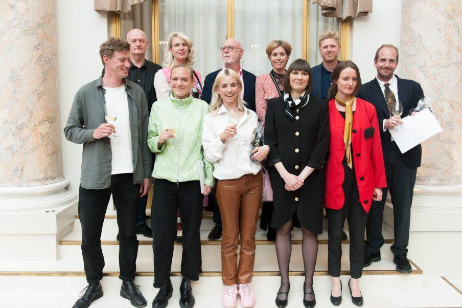 Kunstnerne Kirsten Astrup og Maria Bordorff modtager Remmen Fondens Kunstpris