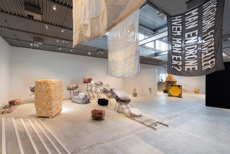Satsning på den unge kunst viser vej ind i en sårbar samtid