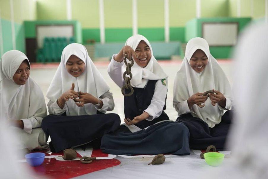 Danskere udstiller social samtidskeramik på indonesisk biennale