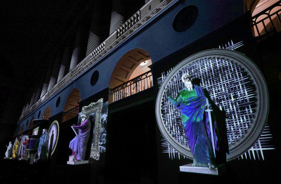 Videoinstallation kaster nyt lys over Vor Frue Kirke og Thorvaldsens værker