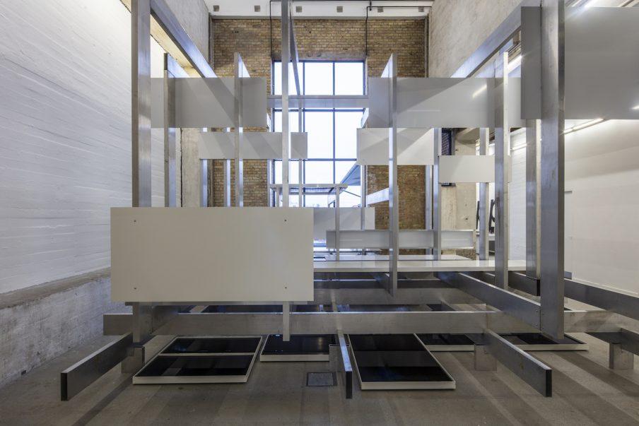 Claus Egemose og Michael Mørk demonstrerer fornem fornemmelse for formalisme i Kunsthal Nord