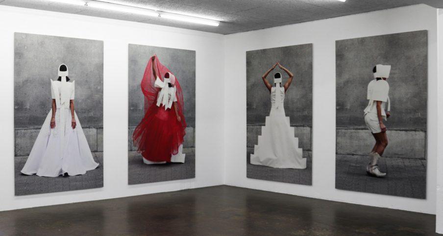 """Lilibeth Cuenca Rasmussen: """"Jeg prøver ofte at dekonstruere noget konkret, så det bliver helt abstrakt"""""""
