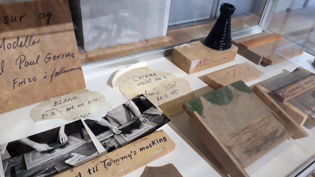 Poul Gernes Remedier der blev brugt til udsmykningen af Vesthimmerlands Gymnasium i Aars