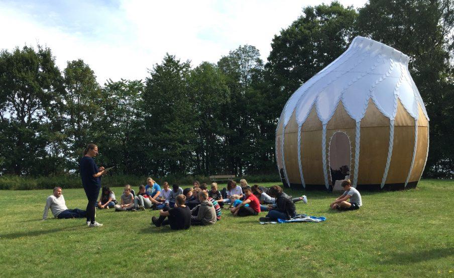 Munkeruphus lukker som kunstinstitution – men åbner som klasseværelse og udeskole for billedkunst