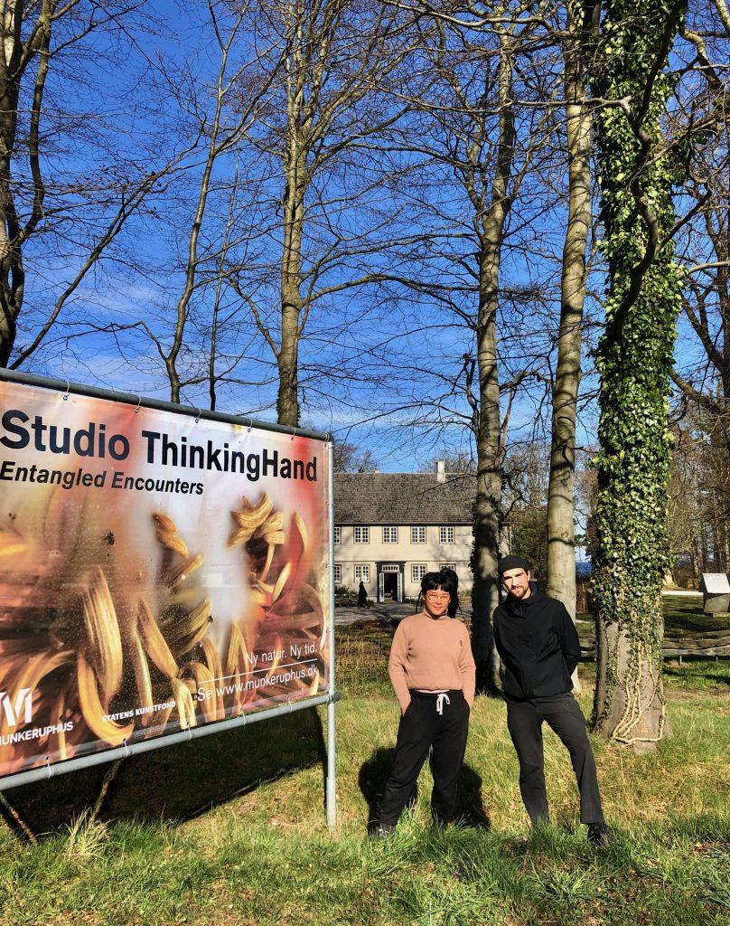 Studio ThinkingHand foran Munkeruphus