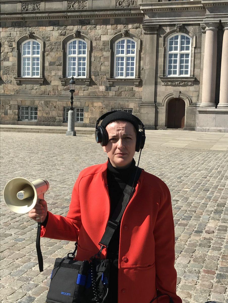 """Rosa Marie Frang: """"Så længe man ikke tør italesætte magtforhold, bliver det den her usynlige terror"""""""