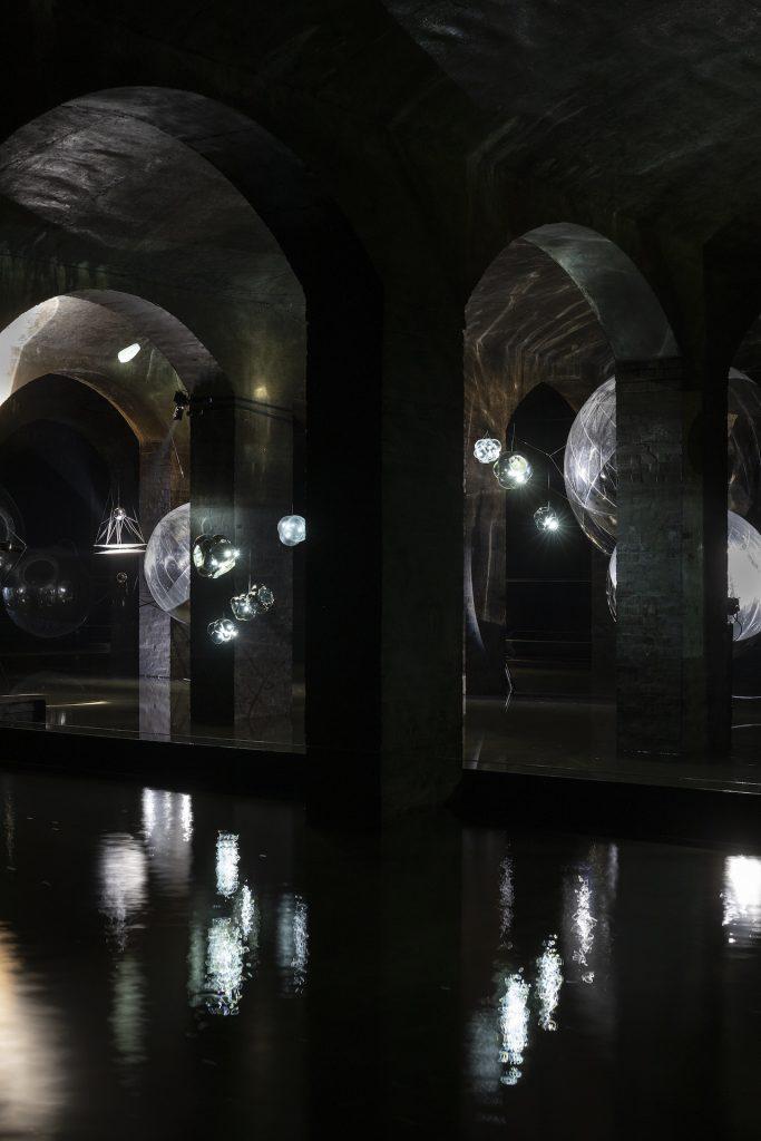 Tomás Seraceno: Event Horizon, Cisternerne, 2020. © Photography by Studio Tomás Saraceno, 2018