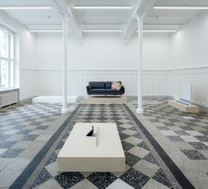 Torben Ribe: OUTLET, 2020. Foto: Anders Sune Berg.