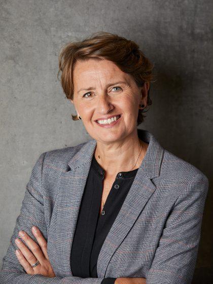 Rebecca Matthews bliver ny direktør for Glasmuseet i Ebeltoft