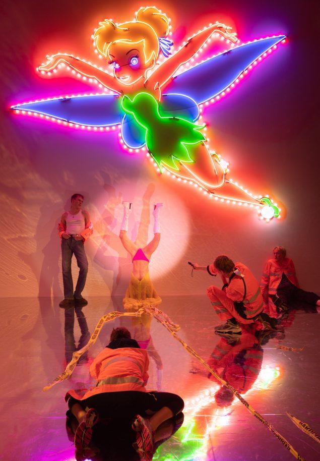 Esben Weile Kjær: HARDCORE FREEDOM, 2020. Installation view på Copenhagen Contemporary. Foto: David Stjernholm.
