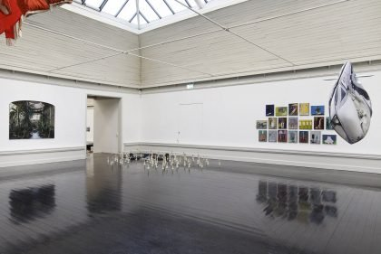 Installationsvue, Kunstnernes Efterårsudstilling 2020. Her ses bl.a. Jørn Jøntvedt og Anders Aarvik. Foto: I DO ART Agency.