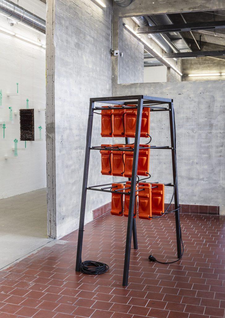 Anna Borgman: Battery Rack, 2018. Foto: Niels Fabæk.