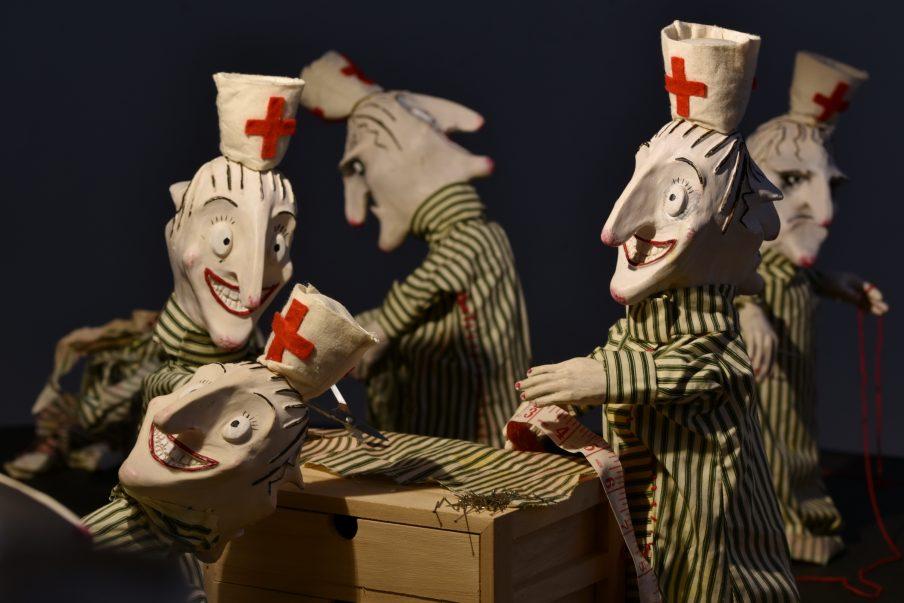 Pernille Kofoed og Rebekah Caputo: Dybet og The Nurses – KUNSTPAKHUSET