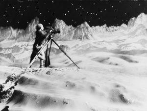 Månen – Fra den indre verden til det ydre rum
