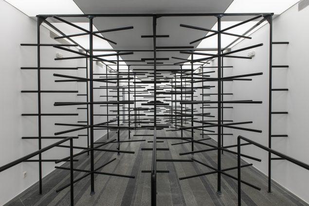 Daniil Galkin, Tourniquet, metal 14 x 10 x 20. Courtesy: kunstneren. 2013. Foto: Sergey Illin.