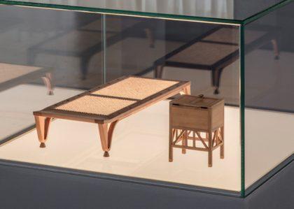 First Movers – egyptiske miniaturemøbler af Dan Svarth