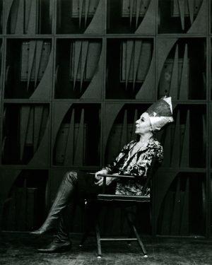 Louise Nevelson: Skyggernes Skulptør